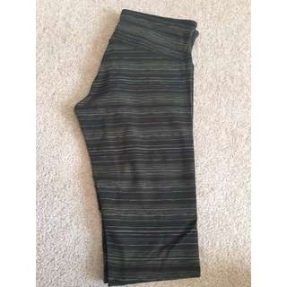 NEW Lululemon army green striped leggings (size 6)