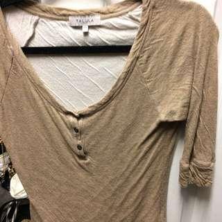 Aritzia T Shirt