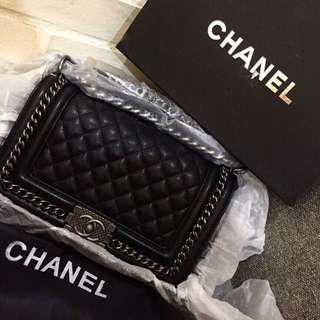Chanel le Boy Handle