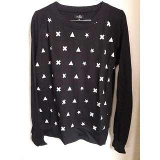 Sweatshirt by Interlude