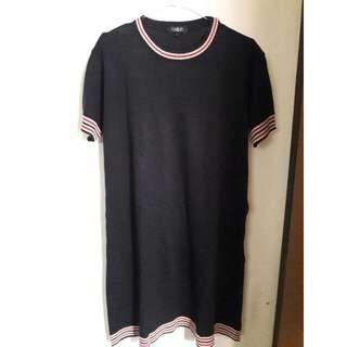 Black T-Shirt Dres by Qallish