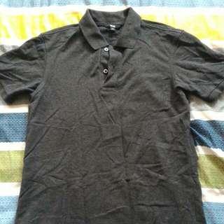 🚚 Uniqlo 黑色polo上衣 M號
