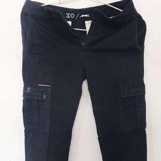 75 K For Navy Maternal Cargo Pants Size 30