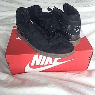 Supreme Nike SB 94