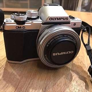 Olympus E-M10 Mark2