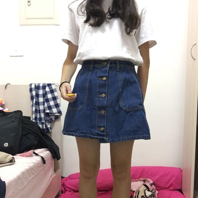 牛仔短裙 排釦