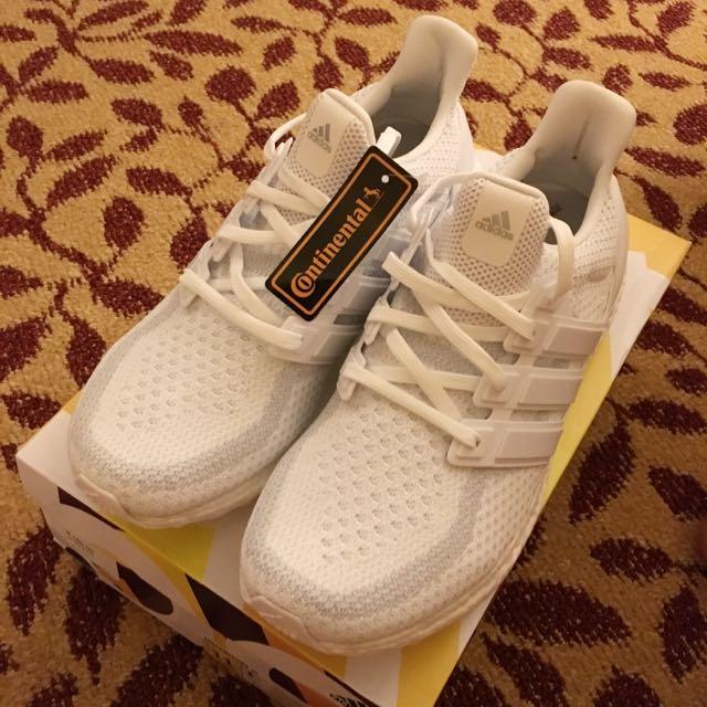 meet 249c3 5279c US 11 Adidas Ultra Boost Triple White 2.0 (Ultra Boost Triple White V2)