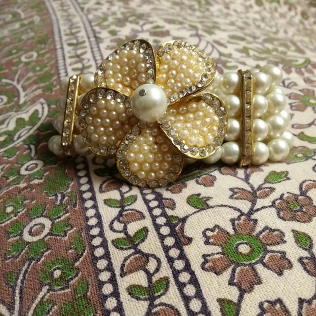 Beautiful Pearl Bracelet