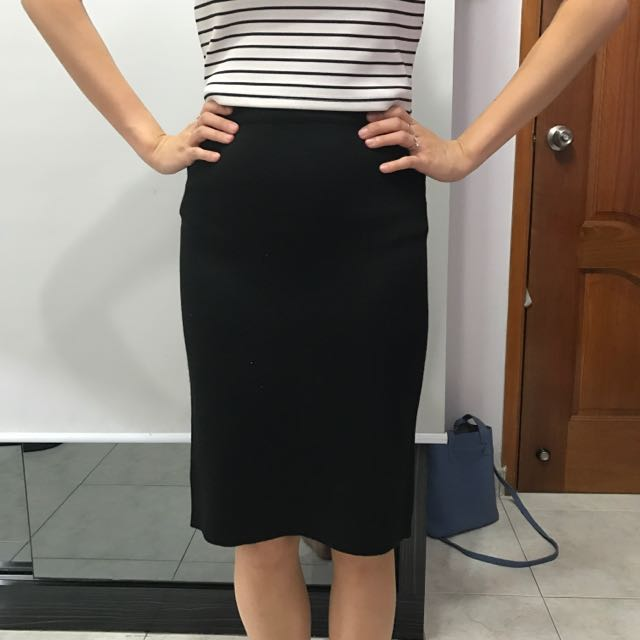 db3429193 Black knitted Pencil Skirt, Women's Fashion, Clothes on Carousell