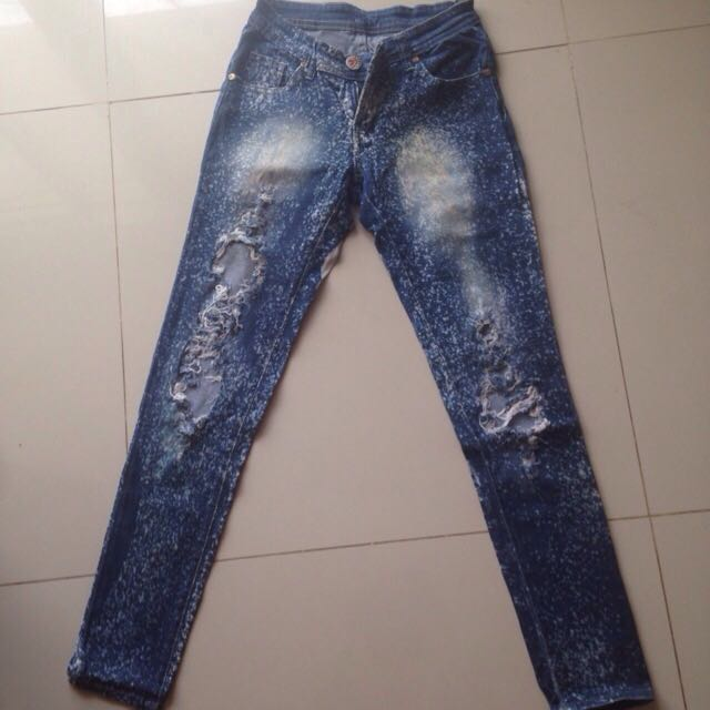 Celana Ripped Jeans Guess