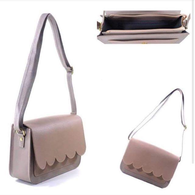 Larkin Sling Bag