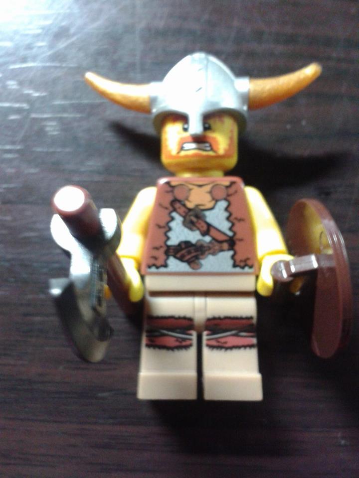 Lego CMS 4 Viking Warrior