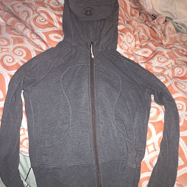 Lululemon Sweater Size 8