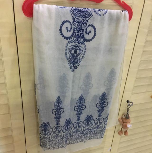 Syal (scarf) Giordano