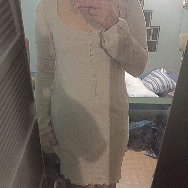 Tan Long Sleeves Dress (knitted)