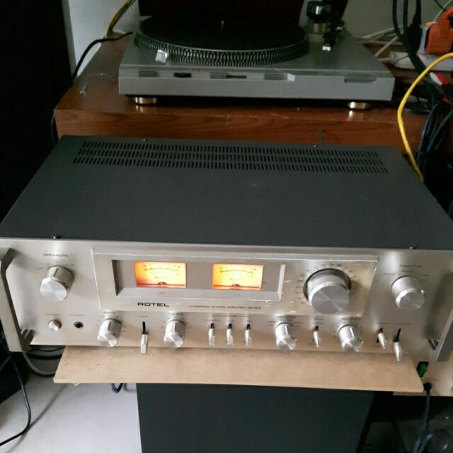 Vintage 70's Rotel 913 integrated amplifier