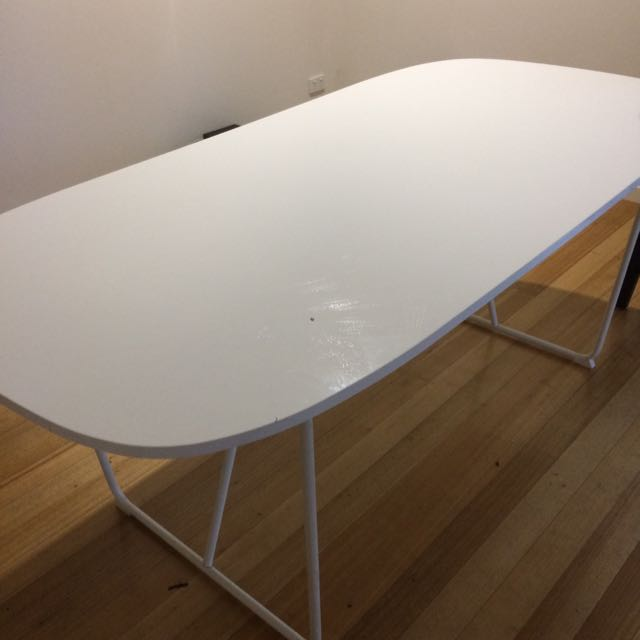 White Glossy Finish Dinning Table