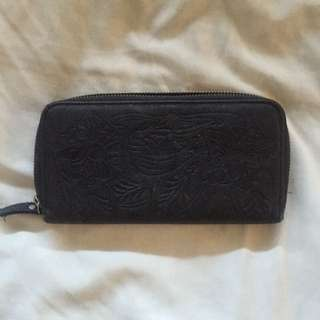 Black Myer Wallet PRICE INCLUDES POSTAGE