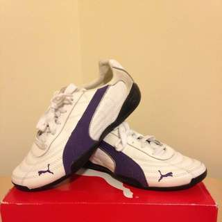 Women Violet Puma Shoes