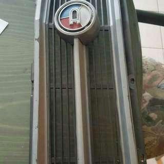 Datsun 1200 Coupe Grill