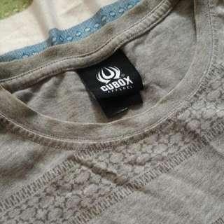灰色圖騰T-shirt M號