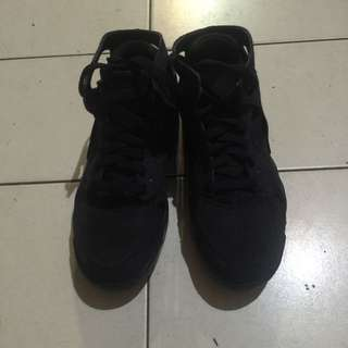 Nike Huaraches Light 全黑