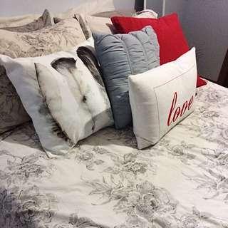Decor Pillows!