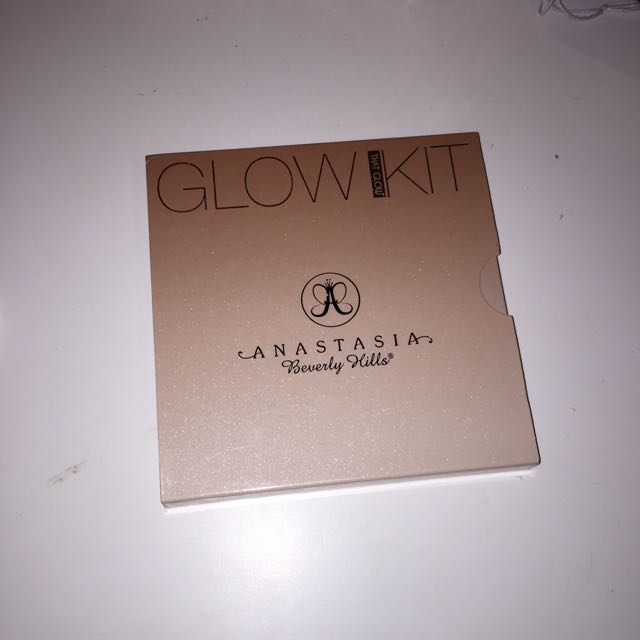 ABH Glow Kit *not authentic*
