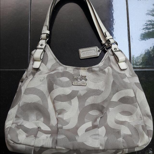 Coach (Preloved)