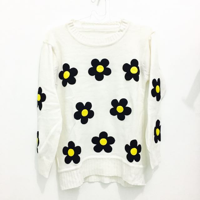 Daisy Crop Sweater