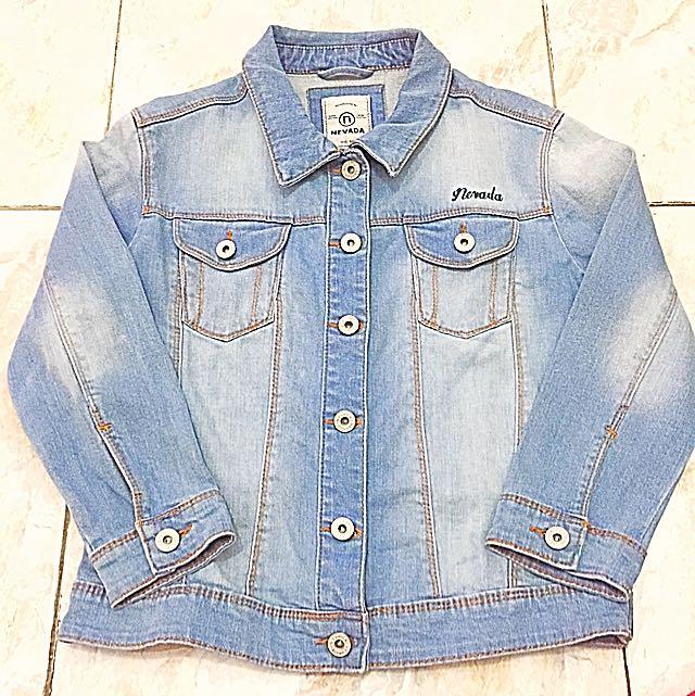 64+ Gambar Jaket Jeans Nevada Wanita Terlihat Keren