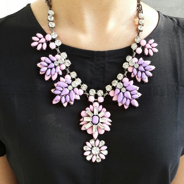 Kalung Gemstone Floral Party Necklace