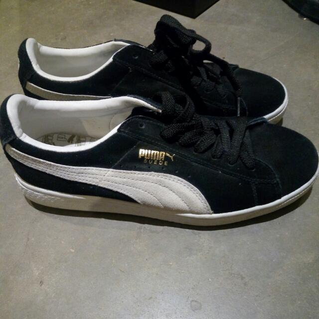 Never Worn Puma Suede Shoes Size 8