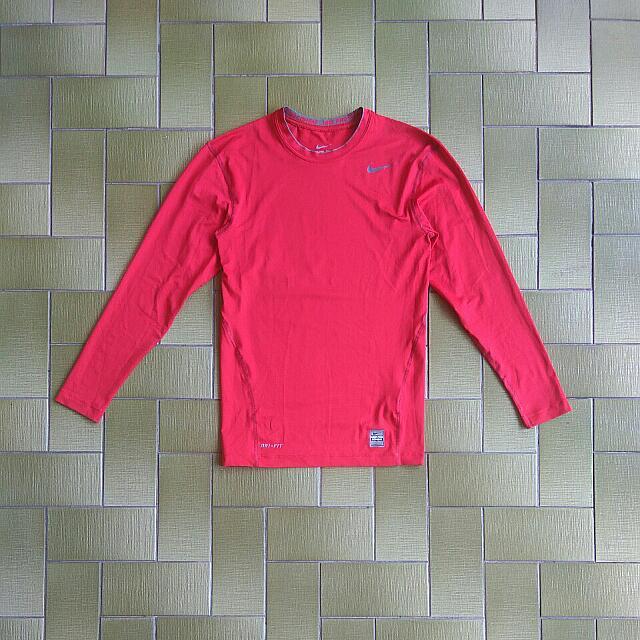 75309a96 Nike Mens Long Sleeve Dri-fit Pro Combat Base Layer (Size M), Sports ...