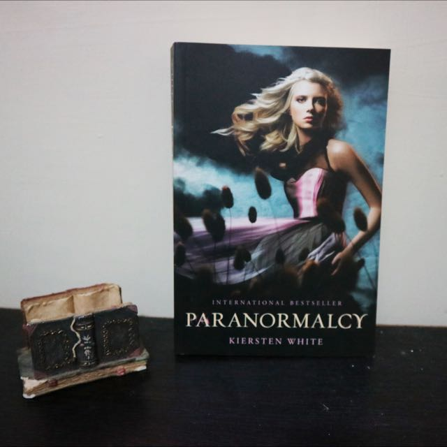 Paranormalcy by Kiersten White