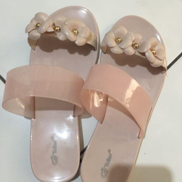 Sandal Jelly  Bunga