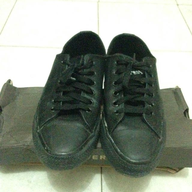 Sepatu Converse All Star Full Black Leather