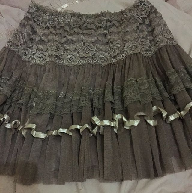 Skirt Laces