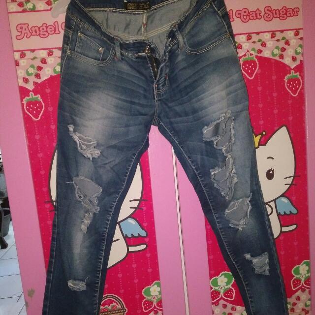 Zara Basic Dept . Size 27