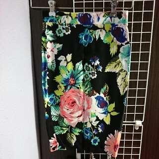 H&M Preloved Floral Pencil Skirt