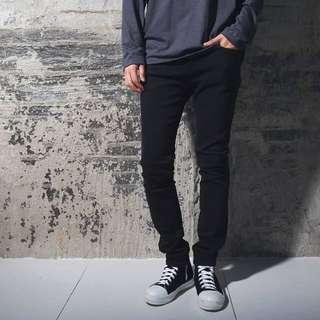 T.J.C 暗黑系列 窄身彈性黑褲