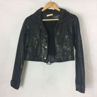 Black Cropped Faux Leather Jacket Size Small - Suitable For Size 6's