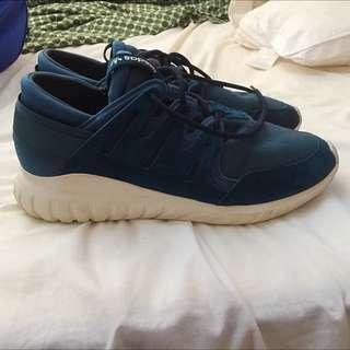 Adidas Tubulars (Navy)