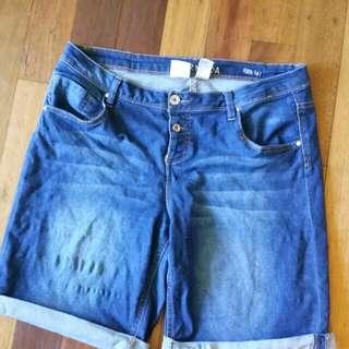 Denim knee length shorts Size 16
