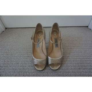 Jimmy Choo Champagne Gold Leather Mary Jane Peep Toe Heels Size 39 RRP $690.00