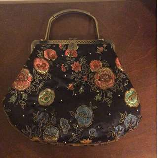 Vintage Style Clutch Bag
