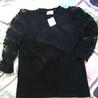 韓製中䄂lace 袖top (購自Cherrykoko )