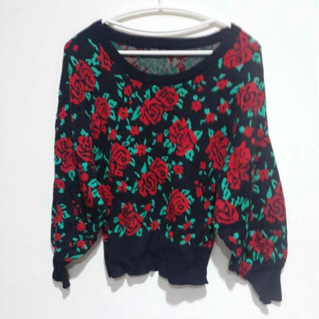 大紅玫瑰花澎袖毛衣