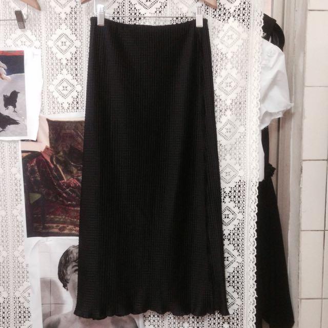 黑色極簡皺褶直筒長裙 壓摺特殊光澤緞面 非三宅一生isseymiyake