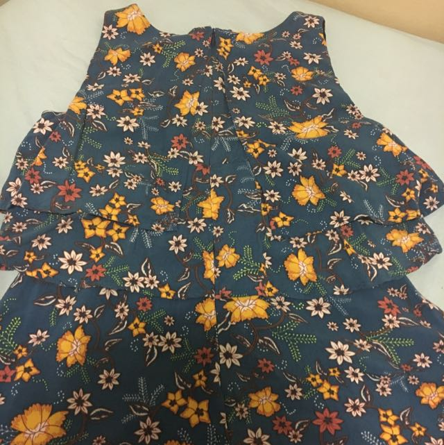 Cute Spring / Sumer Jumpsuit ( Size 6)